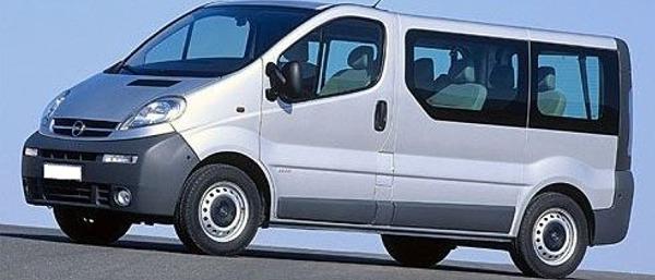 Opel Vivaro 9 fős kisbusz